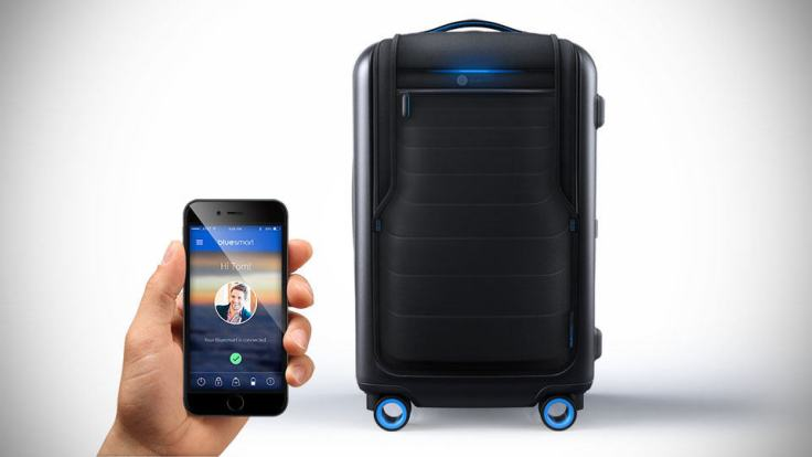 Bluesmart-Bluetooth-Suitcase-image-1